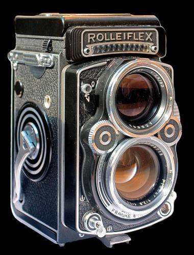 Rolleiflex ikerlencsés kamera